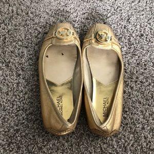 Michael Kors gold flat shoes